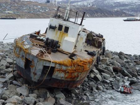 Выброс судна на берег штормовой погодой б.Нагаево