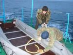 Подготовка лодки к высадке на берег